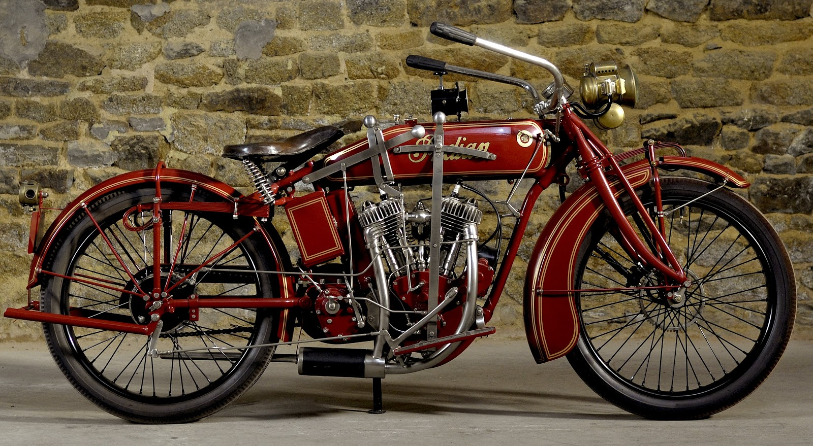 First Indian Motorcycle furthermore Honda CBR 250 as well 1916 Indian ...
