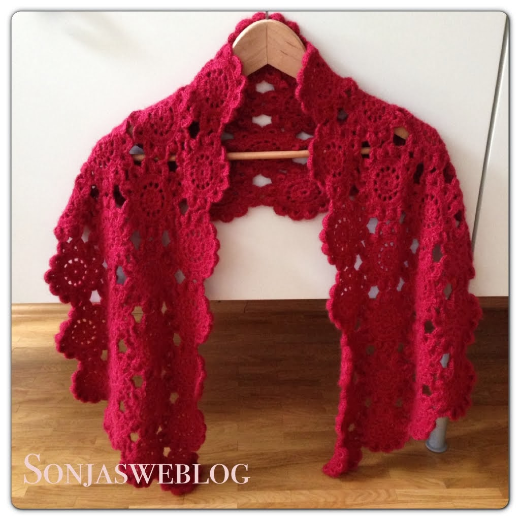 Easy Crochet Flower Scarf Pattern : S O N J A S W E B L O G: Japanese flower scarf