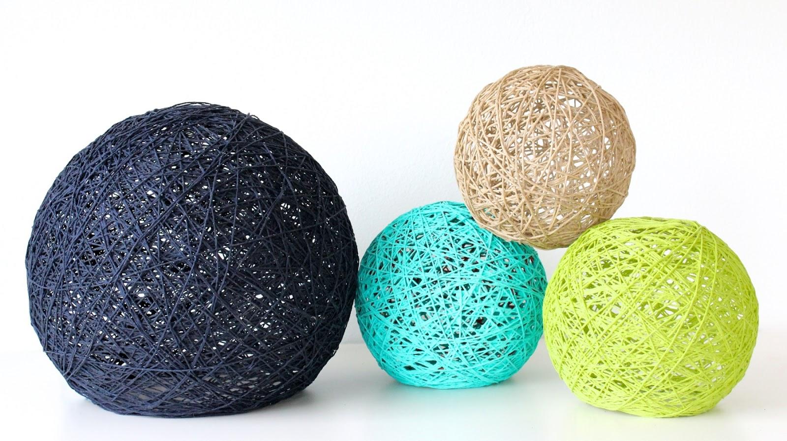 Декоративный шар из ниток своими руками. Мастер-класс 26