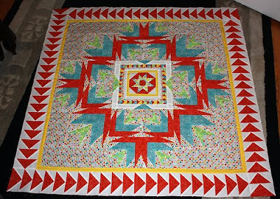 Kris's round on Zonnah's quilt, photo courtesy of Kris