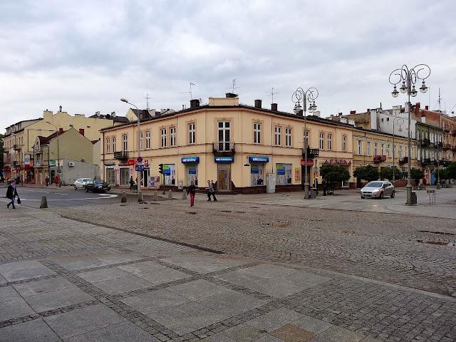 Skrzyżowanie Sienkiewki i Paderewskiego