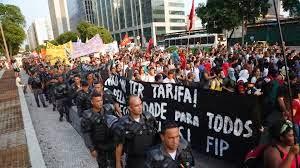 Manifestações Brasil 2015 - análise