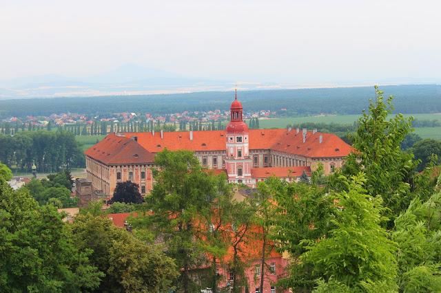"Výhled z Kratochvílovy rozhledny // view of ""Kratochvil tower"""