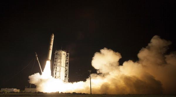Robot Penjelajah NASA Diluncurkan ke Bulan