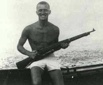kirk douglas ejercito marina segunda guerra mundial