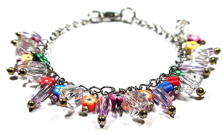 http://belvaynedesigns.blogspot.com/2013/11/bl-10002-cluster-bracelet-with-acrylic.html