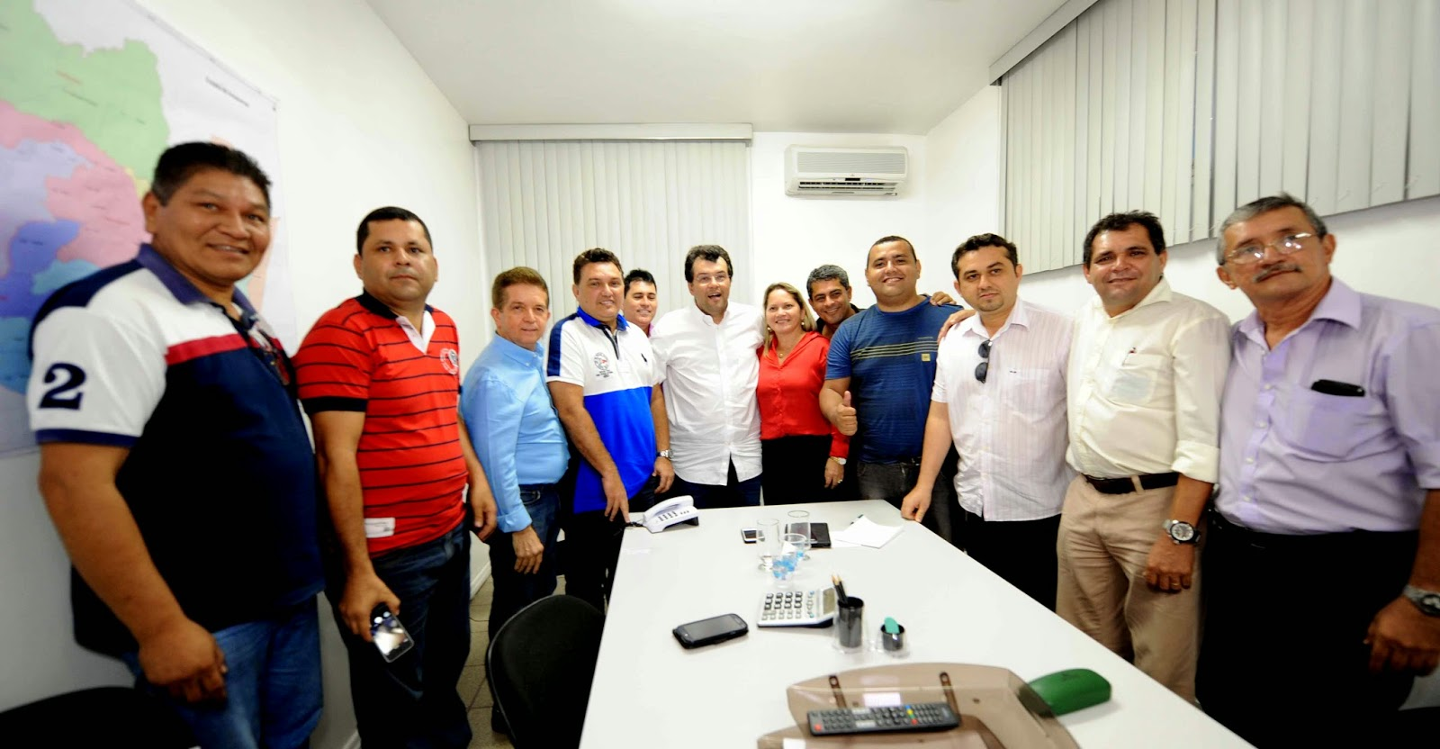 Prefeito de Manacapuru anuncia apoio a Eduardo Braga