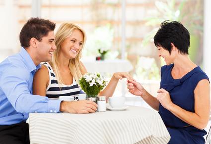 كيف تجعلين زوجك يحب امك ويتقبلها  - حماة - حماتك - mother in law