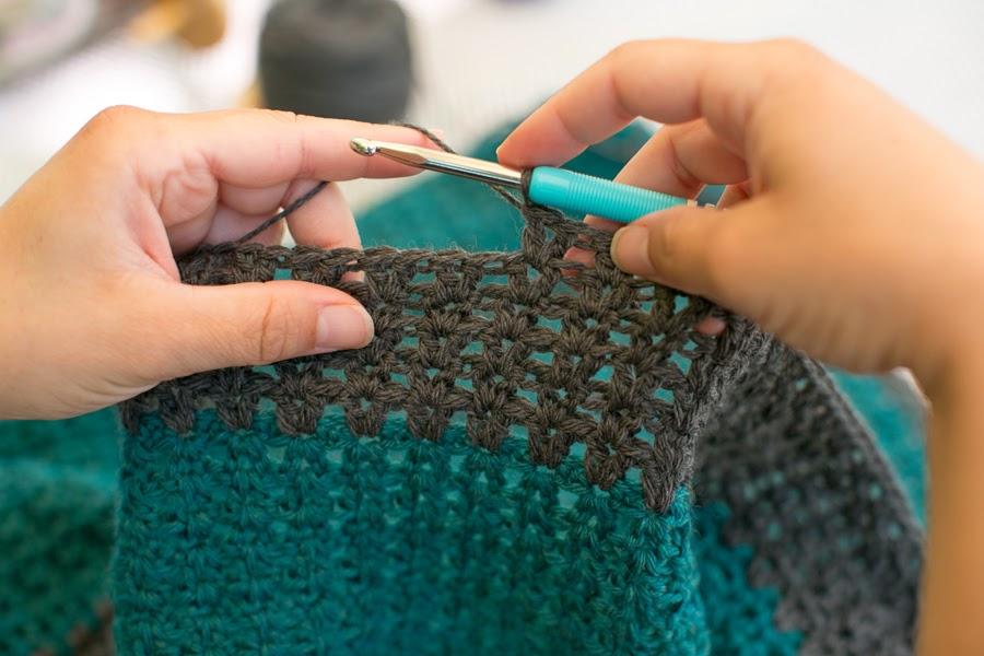 Mes favoris tricot crochet mod le gratuit une couverture pour b b au crochet - Modele tricot bebe gratuit debutant ...