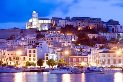 Ibiza turismo fiesta