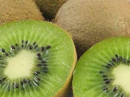Kiwi, ricco di enzimi digestivi ed antiossidanti