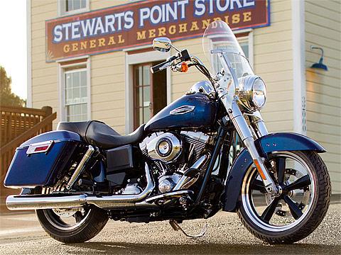 2013 Harley-Davidson FLD Dyna Switchback gambar motor