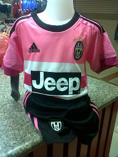 gambar desain terbaru photo kamera fto Jersey kids Juventus away terbaru musim 2015/2016 kualitas grade ori di enkosa sport toko online jersey bola terpercaya
