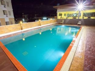 Pangviman Place Resotel, swimming pool