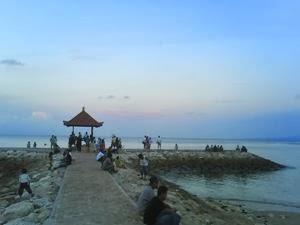 Berwisata di Pantai Sanur Bali