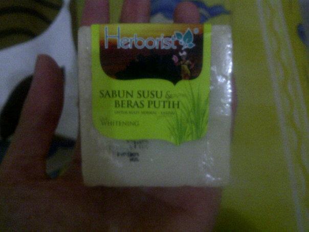 review sabun : herborist sabun susu beras buatan indonesia