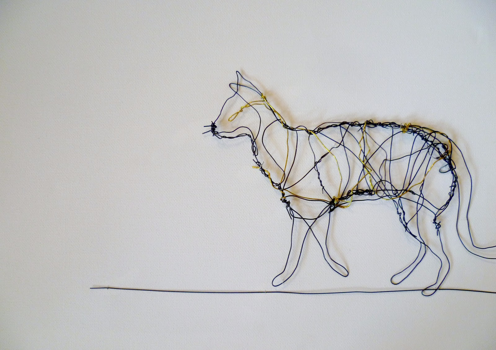 Suzanne Williams Art: Small Wire Sculptures.