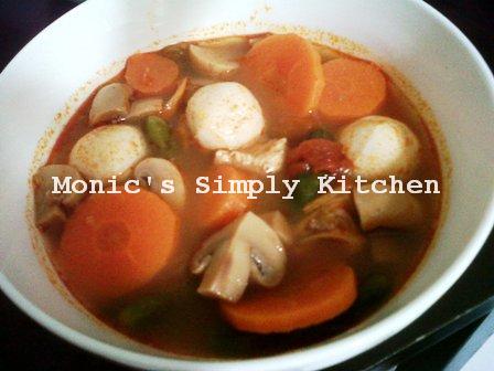 Tanpa Seafood Sup Tom Yam tetap Lezat