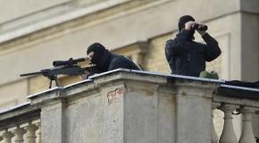 """ΣΦΑΓΗ ΣΤΗΝ ΠΛΑΤΕΙΑ ΤΑΞΙΜ - ΦΩΤΟ-ΣΟΚ - Ελεύθεροι σκοπευτές """"θερίζουν"""" τους διαδηλωτές στην Πόλη - Μπρους Γουίλις κατά Ρ.Τ.Ερντογάν!"""