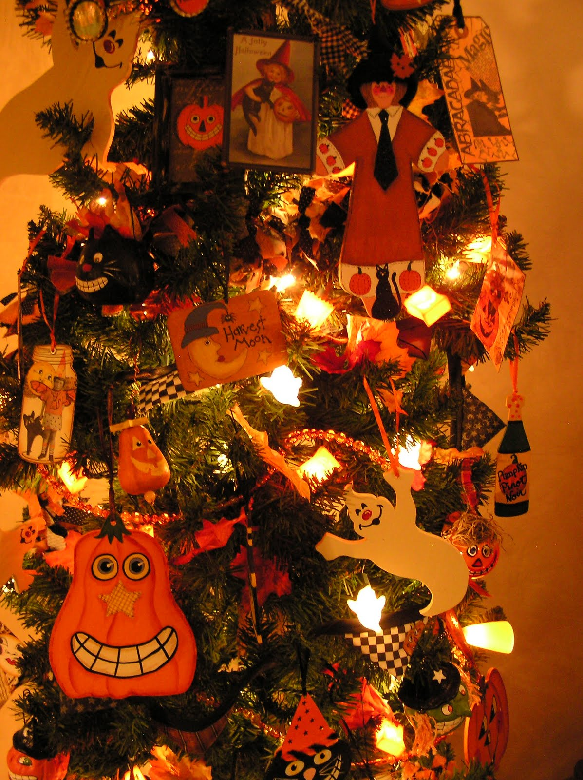 Halloween tree ornaments -  Source