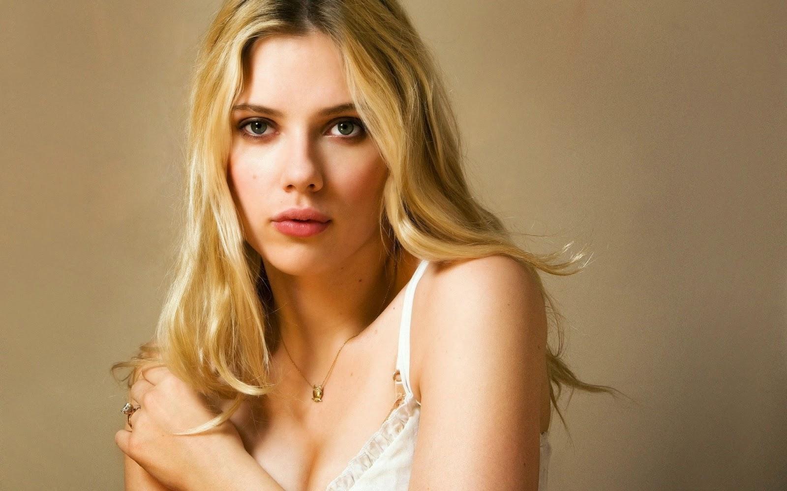 New Latest Wallpaper Celebrity Scarlett Johansson