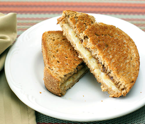 apple rosemary grilled cheese