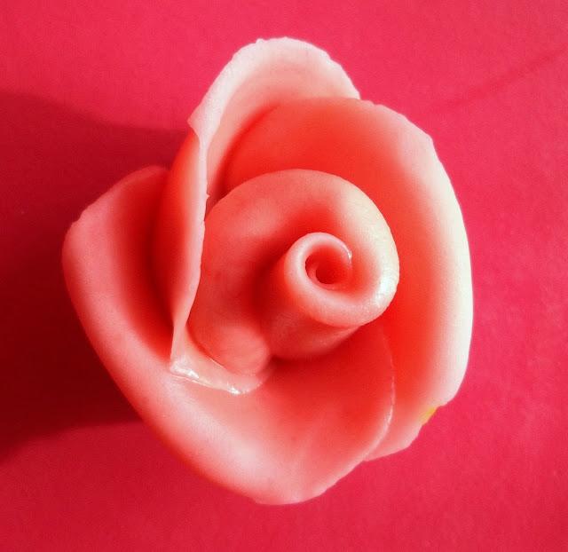 how to make fondant roses