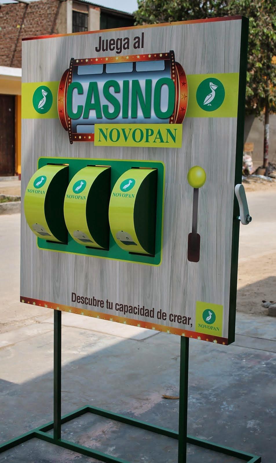 novopan - Totem publicitario