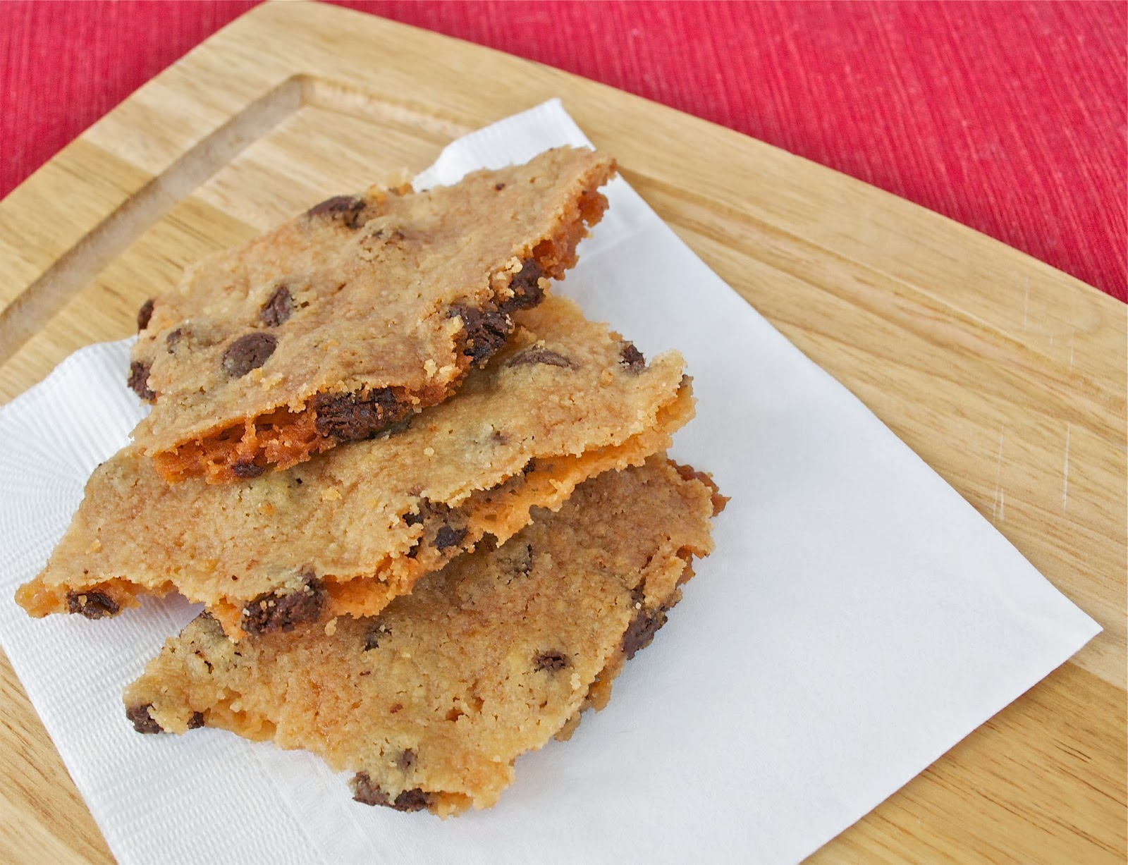 Holly B Baking : Chocolate Chip Cookie Brittle