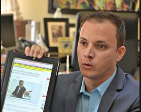 Ricardo Llerandi Cruz denuncia al gobernador