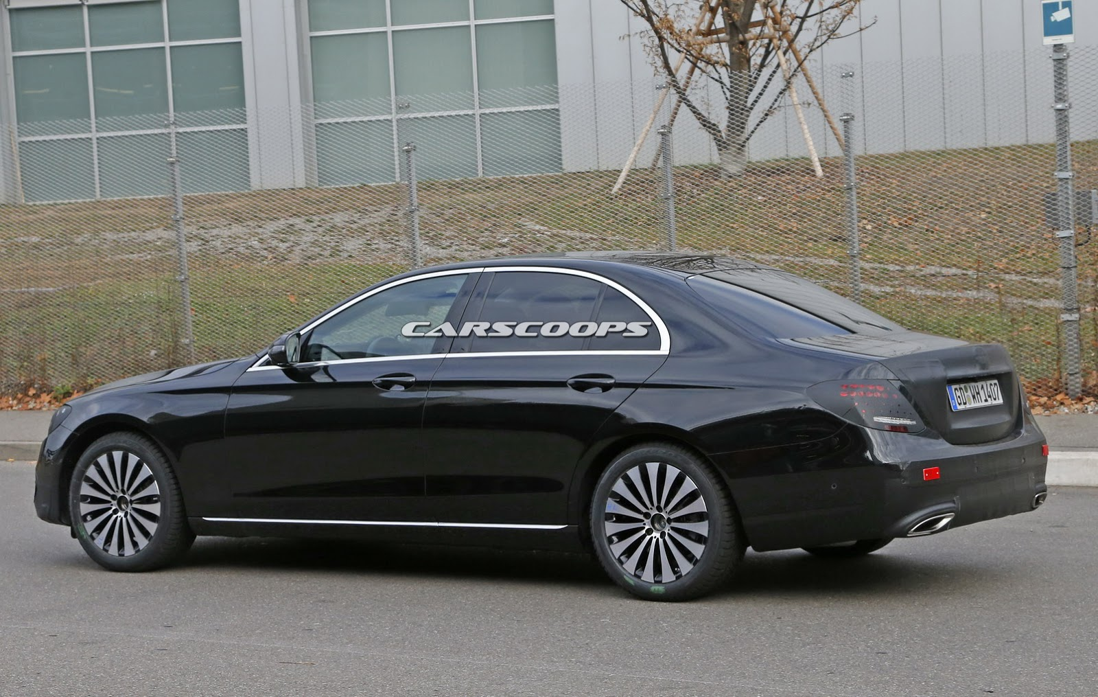 2017 mercedes benz e class sedan spied virtually undisguised. Black Bedroom Furniture Sets. Home Design Ideas