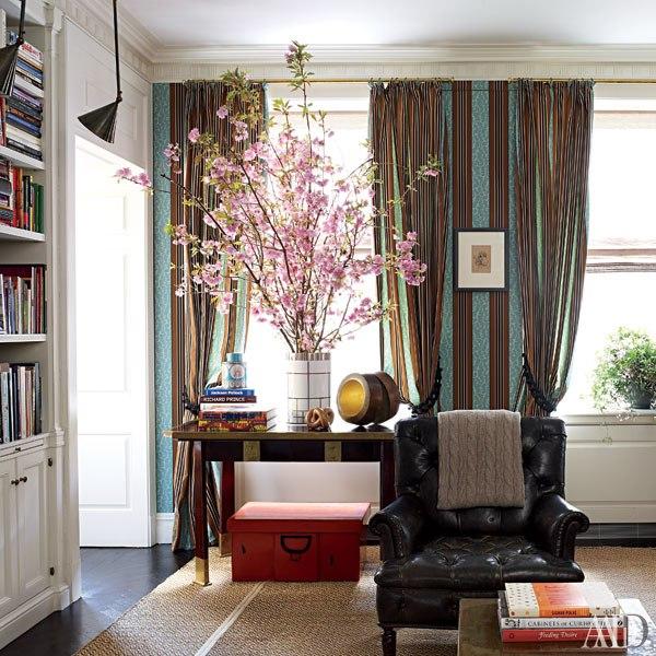 New home interior design peter marino designs a vibrant for Designs east florist interior