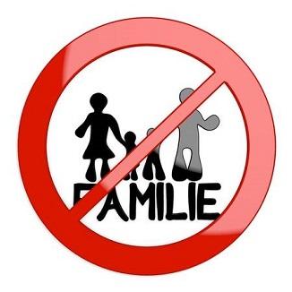 MOARTEA FAMILIEI. COMUNISMUL, EGALITARISMUL și CONSUMERISMUL. Poftiți la cultură
