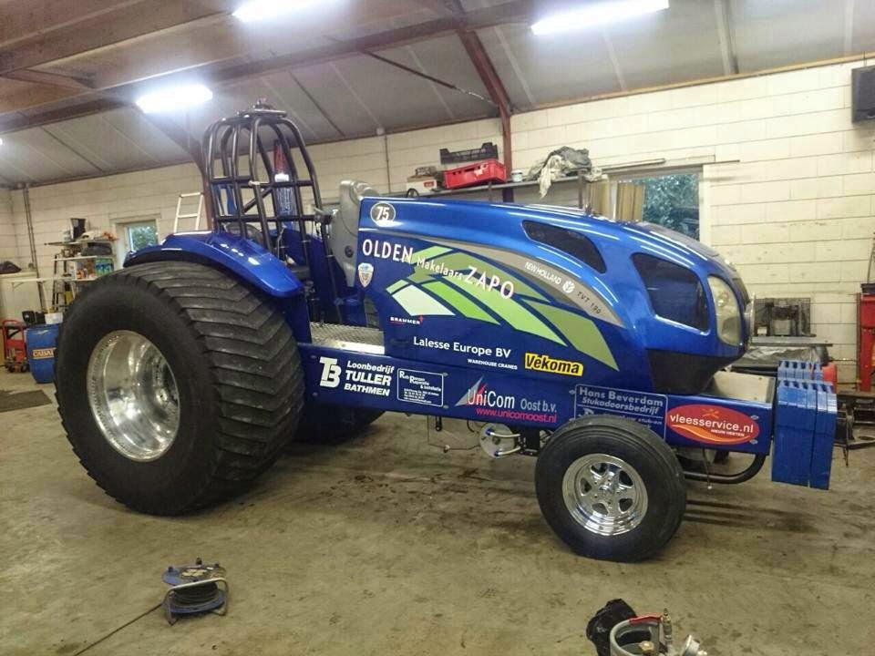 Super Stock Tractor Pulling Engines : Tractor pulling news pullingworld changes at zapo