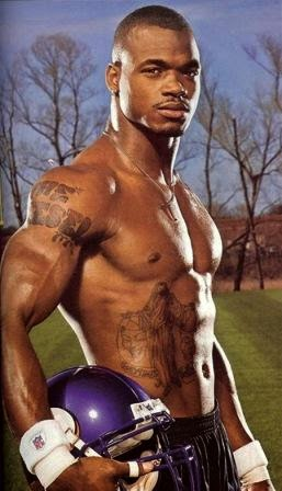 Adrian peterson workout routine and diet plan muscle world adrian peterson workout routine and diet plan voltagebd Image collections