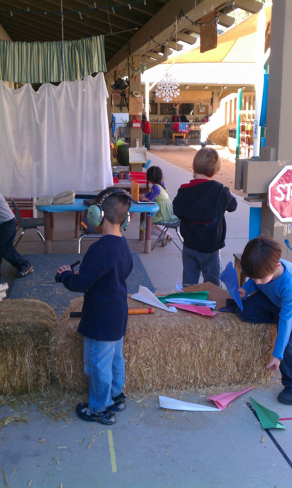 outside play for preschoolers exploring the outdoor classroom dramatic play outdoors 205