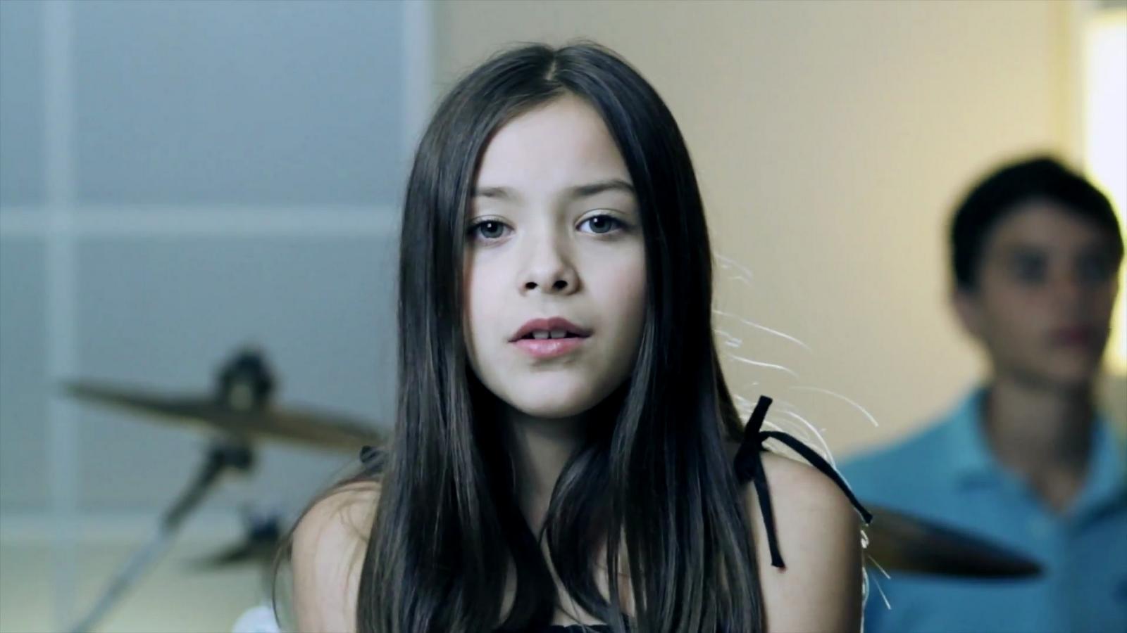 Смотреть порно ролики с молодыми девочками 9 фотография