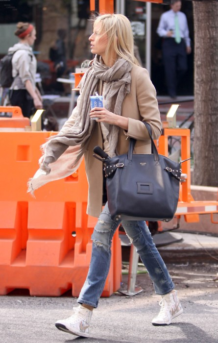 Street Style Celebrities: Karolina Kurkova