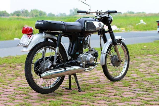 Mốt chơi Honda 67 của giới yêu xe cổ Việt Nam