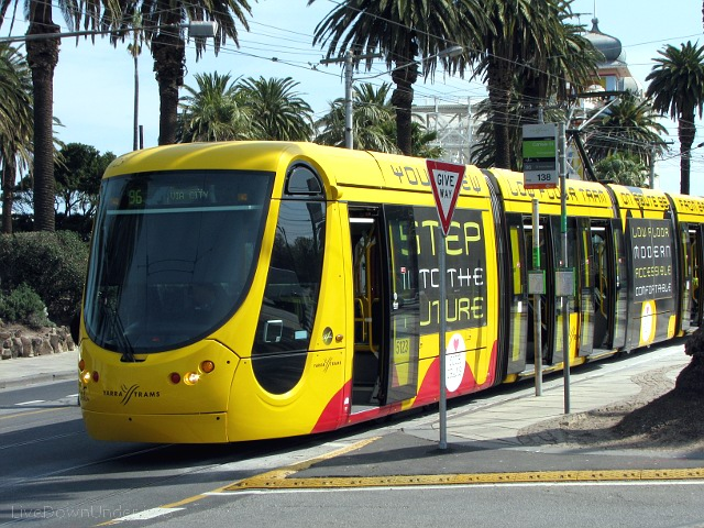 Yellow Tram in Melbourne