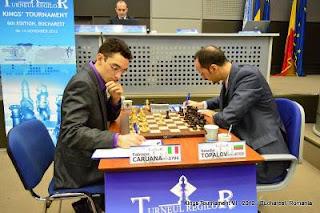Échecs : Fabiano Caruana 1/2 Veselin Topalov