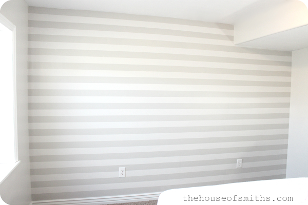 Diy tutorial painting evenly spaced gray stripes on an for Accent stripe wall