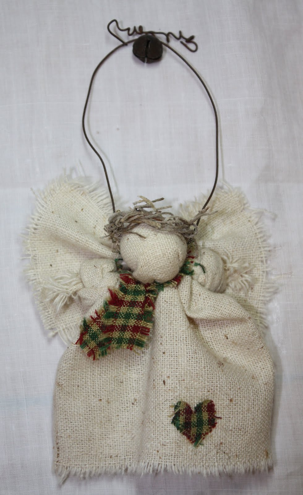 Homemade rustic christmas ornaments - Each Angel Is Made Of Osnaburg Linen With Calico Trim Their Halos Are Made From Either Raffia Or Spanish Moss Each Angel Has A Primitive And Rustic Hanger