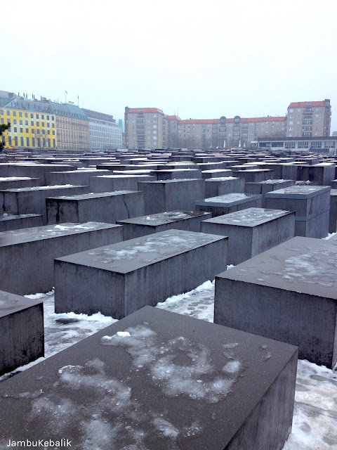 Jalan-Jalan di Berlin, Jerman-11 holocaust memorial