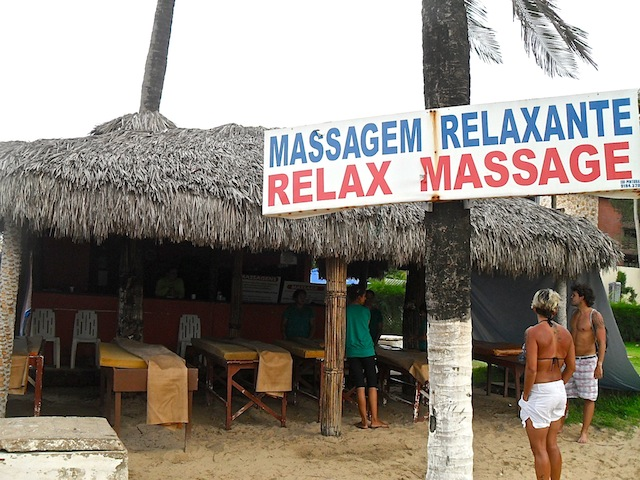 BARRACA DE MASSAGEM - PRAIA DO CUMBUCO