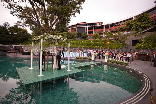 Capella Hotel Singapore Poolside wedding