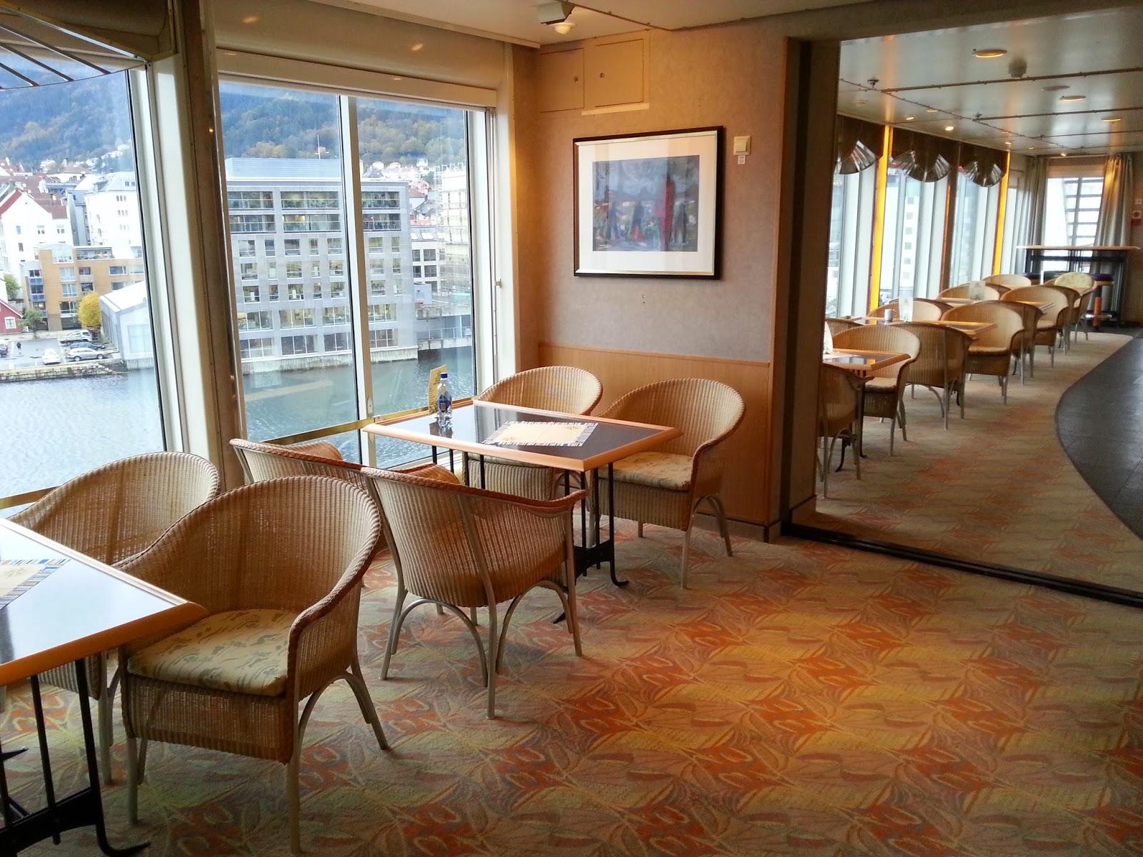 Hurtigruten MS Finnmarken - Babettes Cafe