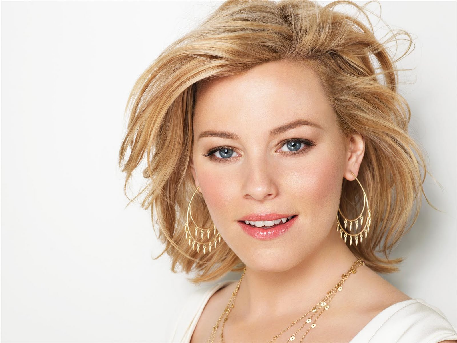 Elizabeth Banks photoshoot 3 Elizabeth Banks Fakes