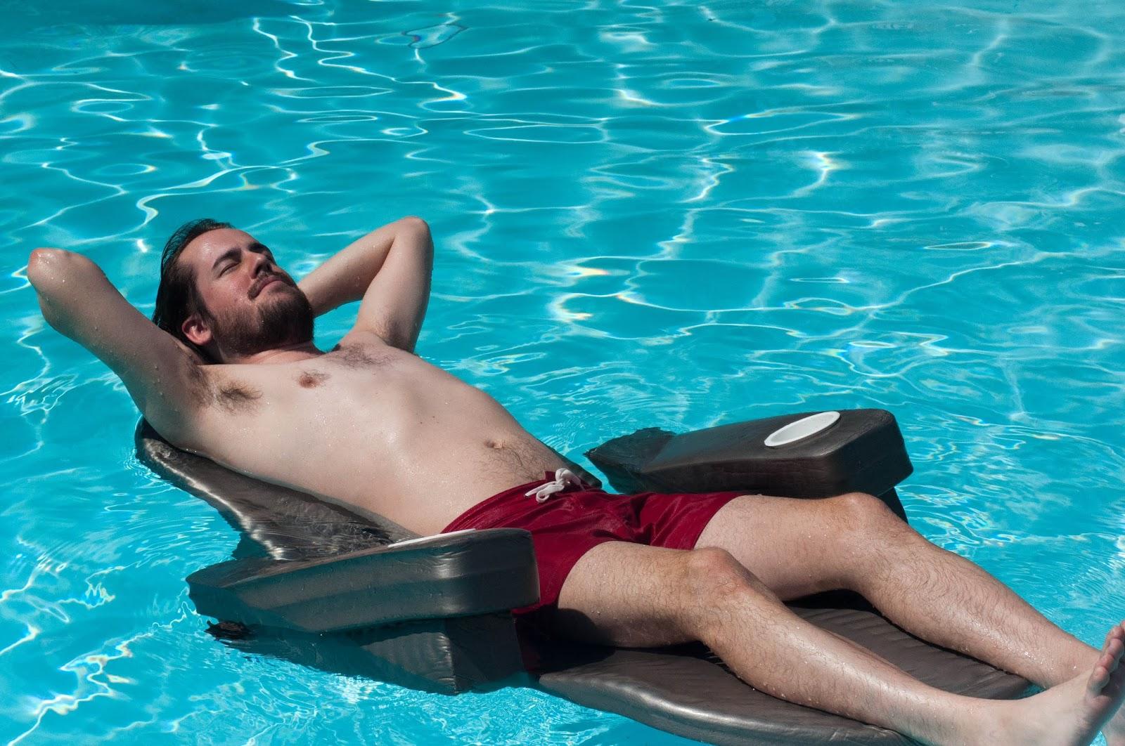 ootd, mens style, mens fashion, mens ootd, american apparel, mens swimwear, raft float, pool raft