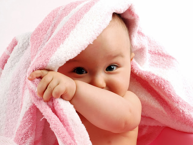 Cute Baby Wallpapers Free Download